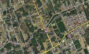 Tres heridos en un accidente entre una moto y un turismo en Llano de Brujas