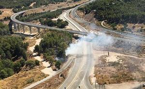 Un incendio en el camino de La Paloma consume 1.500 m² de monte en Murcia