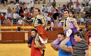 Faenón de Ureña, que sale a hombros con Ferrera en Almería