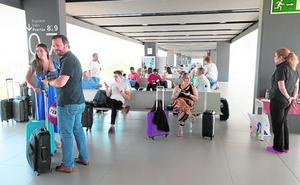 El aeropuerto de Corvera tendrá vuelos con Canarias a partir de octubre