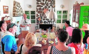 Corvera ofrece turismo rural a los cruceristas