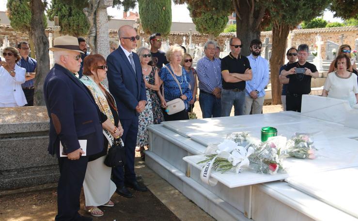 Leopoldo Panero ya descansa en paz