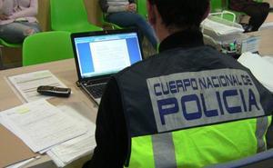 Detienen a un hombre en Murcia por estafar 500 euros tras hacerse pasar por carpintero profesional