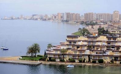 Murcia es la región más barata para tener una segunda residencia en la playa