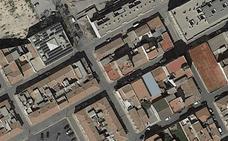 Hospitalizado un niño de Alcantarilla tras caer a la calle desde un segundo piso
