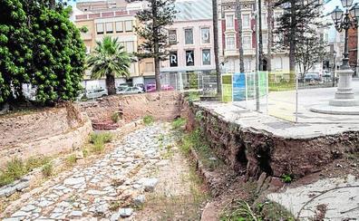 Las obras de remodelación de la Plaza de la Merced siguen sin fecha de inicio