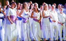 Cuatrocientas voces avivan la Feria