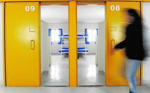 Las cárceles de la Región acogen a 62 presos con trastornos mentales graves