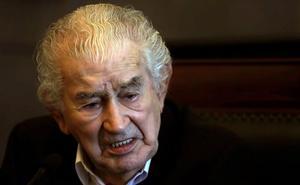 «Vivimos una democracia ficticia bajo la dictadura del Ibex-35», denuncia Antonio Gamoneda