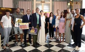 El paseo Alfonso X el Sabio se convierte este jueves en la pasarela de la moda murciana