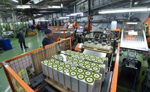La producción industrial en la Región crece un 25,6% en julio, el mayor aumento por comunidades