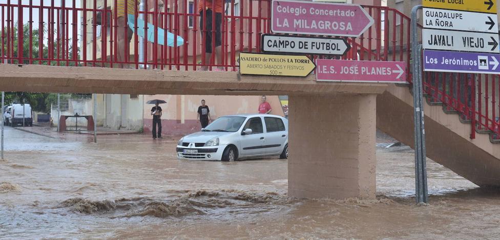 Alerta máxima ante una gota fría que barrerá la Región de Murcia durante 24 horas