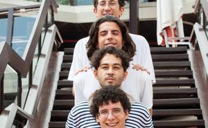 «Somos cuatro amigos que quieren contar sus vivencias»