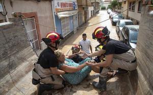 «En Los Alcázares nos ha llegado más agua, más violenta y más dañina que hace tres años»