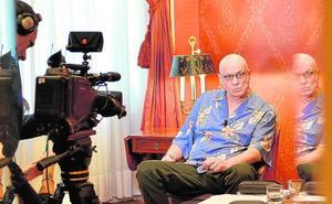 James Ellroy incluye Murcia en la gira para presentar su última novela, 'Esta tormenta'