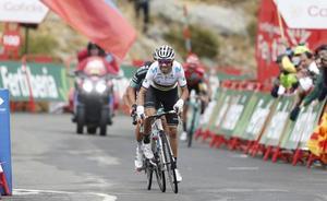 Valverde, a un paso de subir por séptima vez al podio de la Vuelta