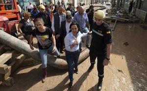 La ministra de Defensa, en Los Alcázares: «El riesgo no ha terminado todavía»