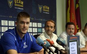 Radoncic: «Quiero seguir creciendo como jugador en el UCAM Murcia»