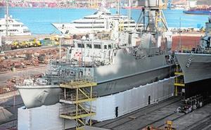 La Armada destituye al comandante del 'Turia' y lo investiga por imprudencia