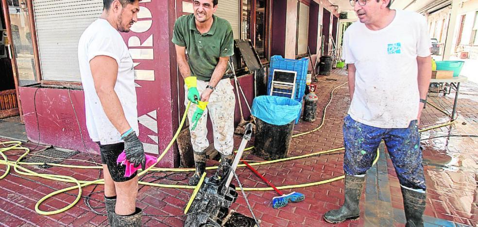 Los comerciantes denuncian que están sufriendo actos de pillaje