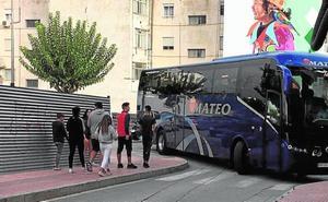 Restringen el acceso de autobuses al casco urbano de Alhama por la avenida Cartagena