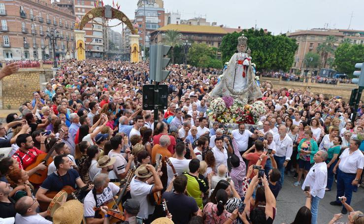 Murcia acompaña a su Patrona