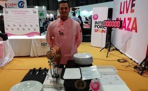 El murciano Javier López Abellán, tercer mejor cortador de jamón de capa blanca del mundo