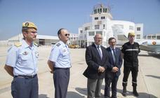 El secretario de Estado de Defensa, Ángel Olivares, visita la AGA