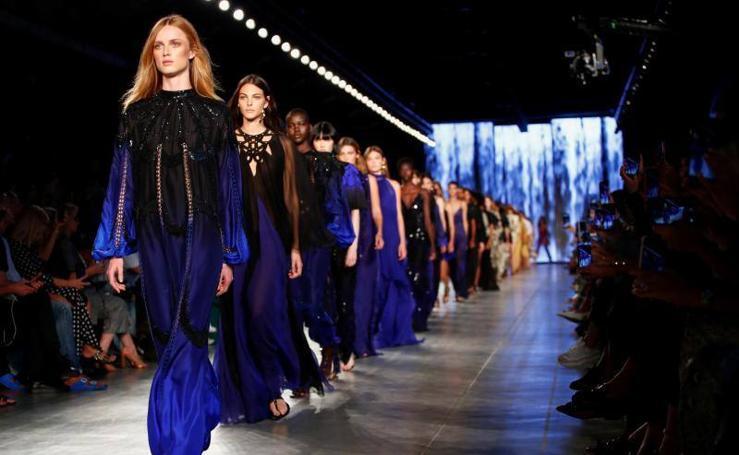 Alberta Ferretti: London Fashion Week Primavera/Verano 2020