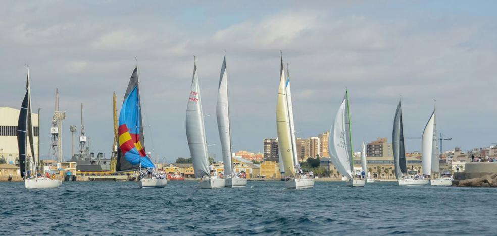 La regata Camino de la Cruz cambia su recorrido y anula la prueba de mañana