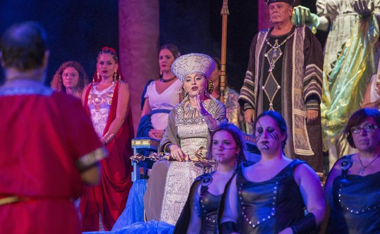 Las mujeres mandan en el Oráculo