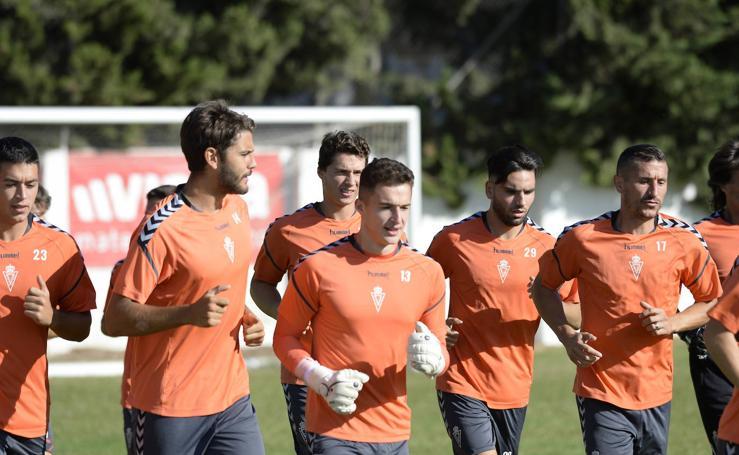 El Real Murcia entrena en Cobatillas