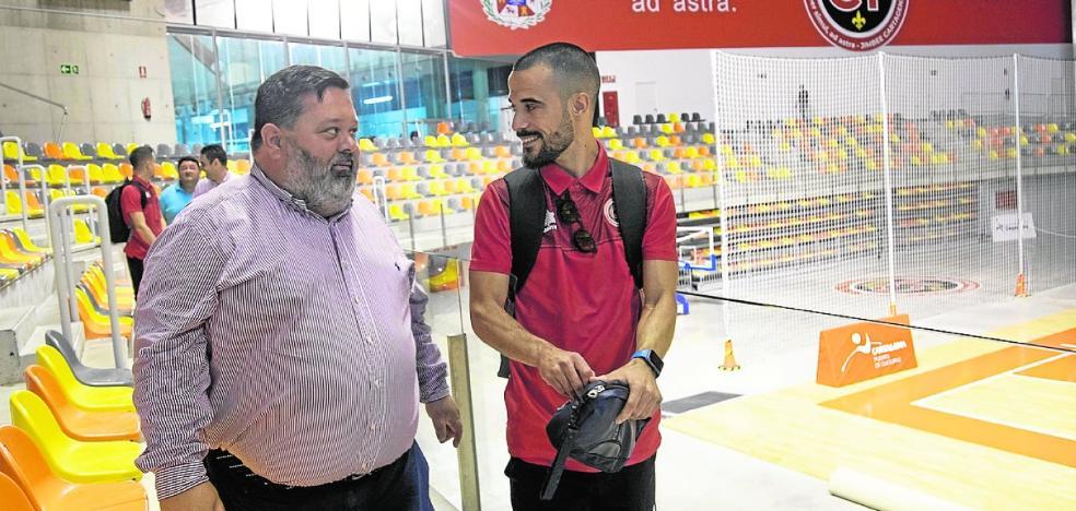 Jiménez Bosque: «Nadie duda de André, y el vestuario está fuerte y muy unido»