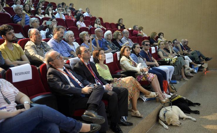 Salud iniciará en 2020 la implantación de consultas de alta resolución de Oftalmología en toda la Región