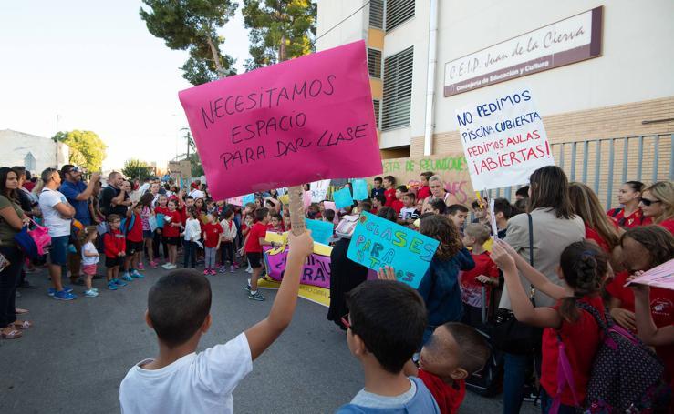 Padres de Casillas se plantan contra la masificaciónen las aulas