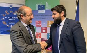 López Miras pide «la implicación de la UE para recuperar el Mar Menor tras los daños de la gota fría»