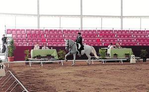 El concurso nacional de doma clásica abre la nueva edición de la feria del caballo de Lorca