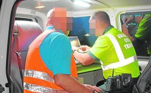 Sorprenden en Cieza a un camionero que circulaba en zigzag y quintuplicaba la tasa de alcoholemia
