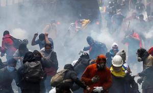 Las protestas en Ecuador contra el alza de combustibles dejan más de 700 detenidos