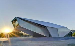 Alberto Gil y María José Guillén ganan el Premio Regional de Arquitectura por el vivero de empresas de Archena