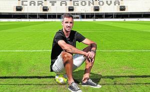 Pablo Caballero: «40 millones de personas quieren ser futbolistas en mi país y yo lo conseguí»