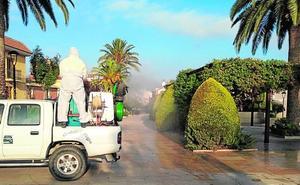 Los ayuntamientos intensifican la fumigación contra los mosquitos