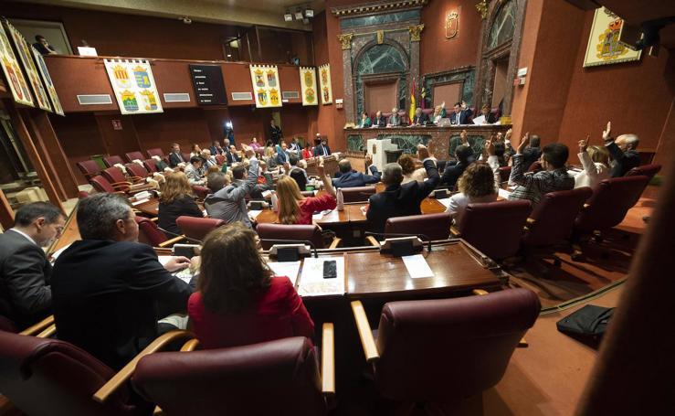 La Asamblea cierra filas para garantizar a los municipios ayudas por la gota fría