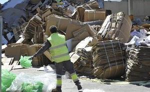 La Región, sexta autonomía que más recicló papel y cartón el año pasado