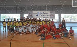 Jornada de fútbol sala escolar en el C.D Felipe VI dentro de los Juegos Deportivos del Guadalentín