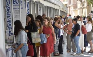 Más de 62.000 personas pasaron este año por la Feria del Libro de Murcia