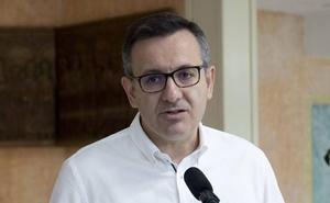 Conesa amenaza a Miras con una moción de censura en dos meses «si no comienza a poner solución al Mar Menor»