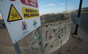 MC y Podemos exigen desbloquear la limpieza de los suelos contaminados