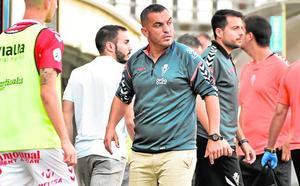 Adrián Hernández: «Es un partido para ganarlo y darte un baño de masas, por la forma de arrancar»