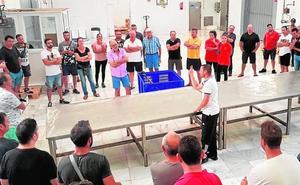 Los pescadores se imponen un parón de una semana a la espera de soluciones